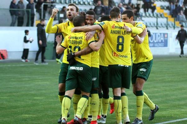 II Liga: Paços de Ferreira vence Varzim com 'bomba' de Tanque