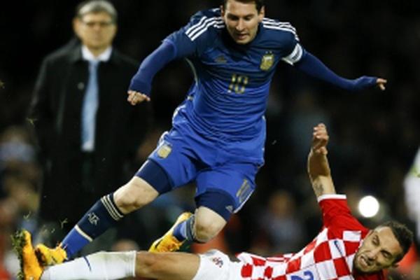 Modric, Rakitic e Mandzukic comandam 27 pré-convocados da Croácia