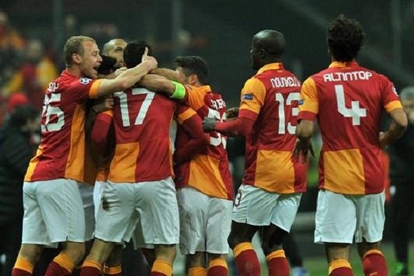 LE: Benfica perde com Galatasaray, mas nunca foi eliminado por turcos
