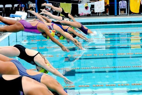 Nadadora japonesa que ganhou seis medalhas nos Jogos Asiáticos revela ter leucemia