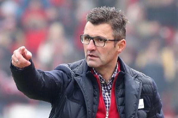 Nuremberga despede treinador e diretor desportivo após 15 jogos sem vencer