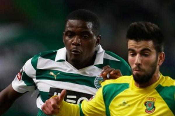 Liga Zon Sagres: Sporting vence Paços e iguala Benfica na liderança
