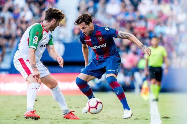 b397050b8b Espanha  Alavés perde e falha oportunidade de igualar Barcelona e Real  Madrid