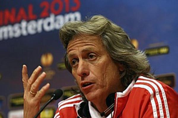 Benfica: Jesus e Vieira reuniram-se para acertar renovação