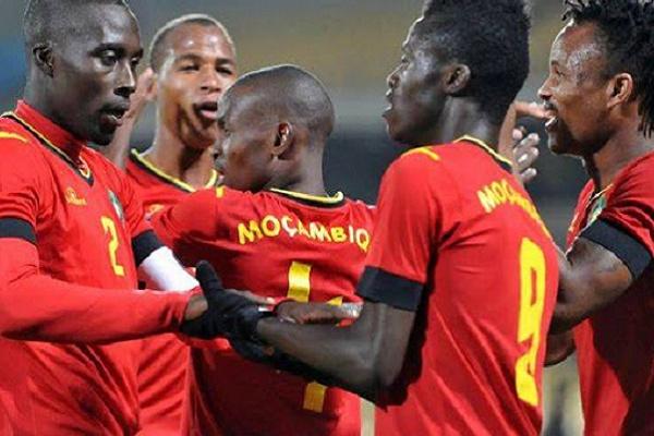 Abel Xavier chama três jogadores que atuam em Portugal para jogo com Guiné-Bissau