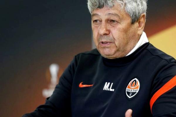 Mircea Lucescu despedido da seleção da Turquia, Senol Gunes é desejado