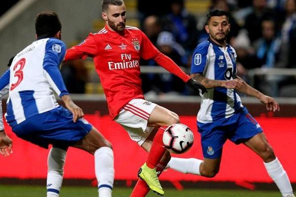Benfica e jornalista da BTV alvos de queixa-crime por parte do FC Porto