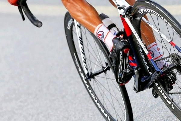 Ciclismo: Edwin Ávila vence em Pinhel e é o primeiro líder do GP Beiras