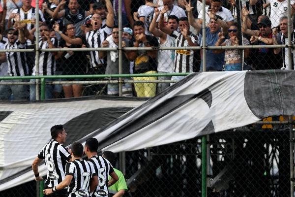 Polícia brasileira encerra alojamento do clube Botafogo após inspeção