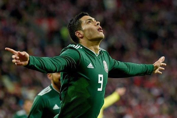 Raúl Jiménez dá vitória ao México, James Rodrígues brilha pela Colômbia