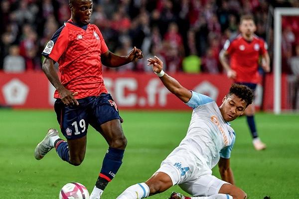 Lille vence Marselha e sobre ao segundo lugar na estreia de Rafael Leão
