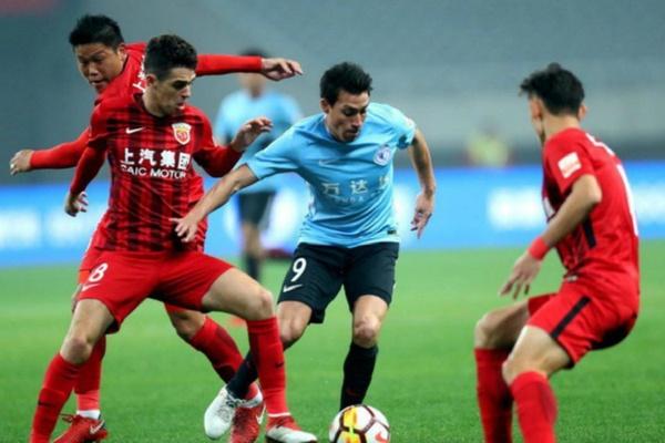 Mercado: Gaitán deixa o futebol chinês e assina pelo Chicago Fire