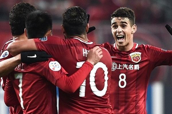 China: Brasileiro Elkeson dá vitória ao Shanghai SIPG já nos descontos