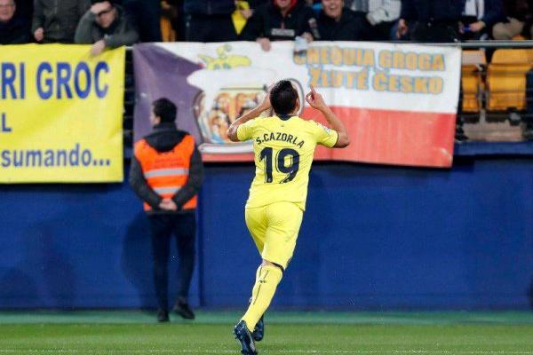 À atenção do Sporting: Villarreal empata Real Madrid com Santi Carzola em destaque
