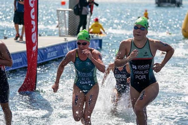 Helena Carvalho e André Dias longe dos primeiros lugares no Mundial de triatlo