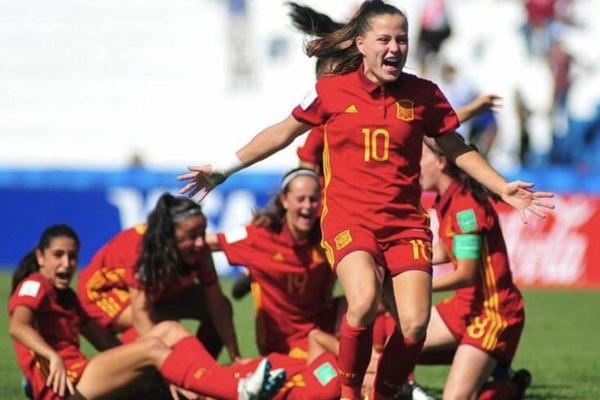 Espanha 'puxa dos galões' de campeã e goleia Portugal no Europeu sub-17 feminino