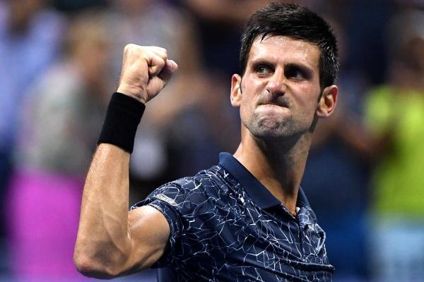 Ténis: Novak Djokovic vence Tsitsipas e conquista terceiro Masters 1.000 de Madrid