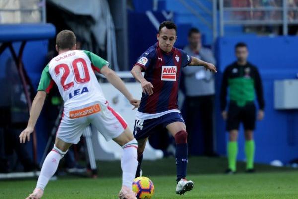 01e03d13f4 Espanha  Alavés perde 2-1 em Eibar e falha segundo lugar isolado ...