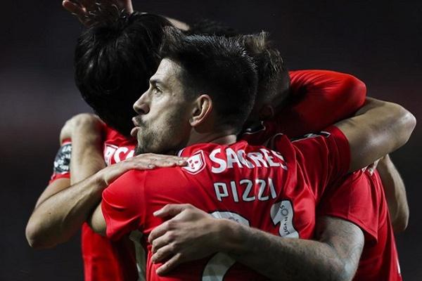 LE: Benfica perfeito nos 16 avos de final, Sporting passou metade das vezes