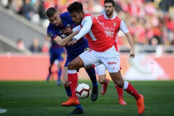 I Liga: Sp. Braga vence Chaves e coloca-se a dois pontos do líder FC Porto