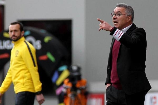 Augusto Inácio quer Aves consistente e eficaz para tirar pontos ao Portimonense