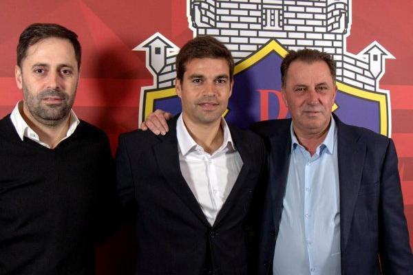 Tiago Fernandes diz que Sporting é passado e que só pensa em 'salvar' o Chaves