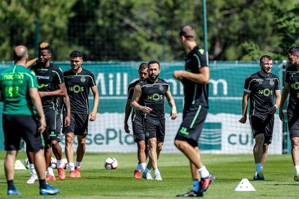 Bruno Gaspar de regresso aos treinos do Sporting sem limitações