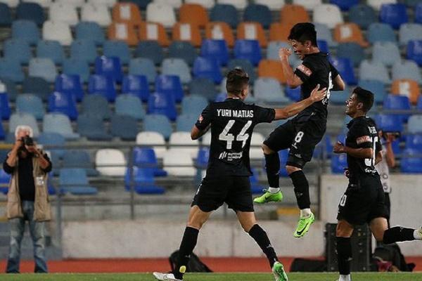 Académica vence Varzim por 2-0 e sobe ao quinto lugar da II Liga