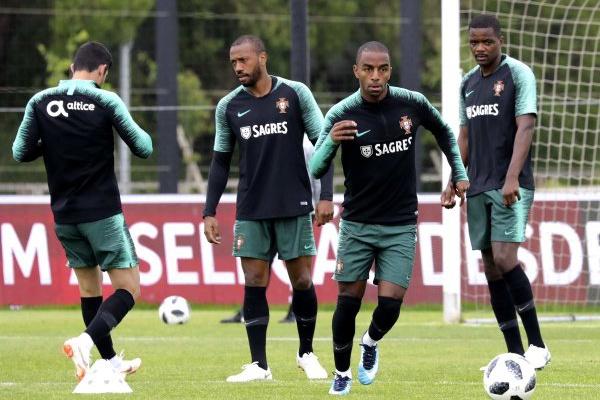 Portugal treina em Glasgow, a dois dias do particular com a Escócia