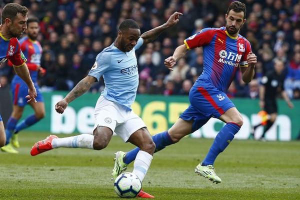 Inglaterra: Manchester City vence Crystal Palace e coloca pressão no Liverpool