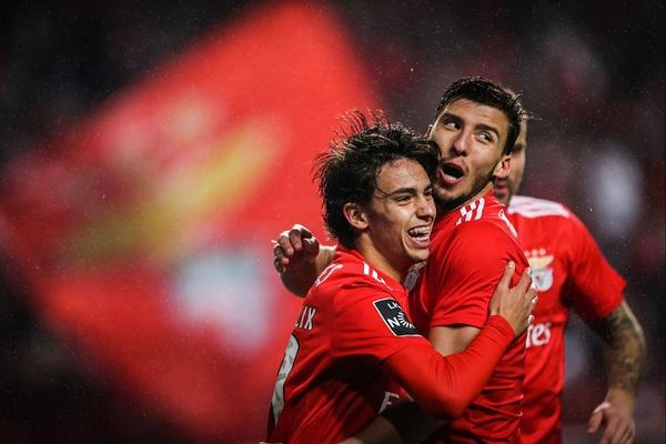 Crónica: Benfica 'arrasa' Nacional com a maior goleada da época