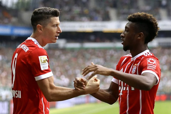 Lewandowski e Coman à pancada no treino do Bayern Munique
