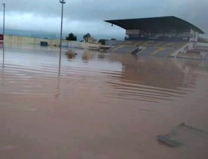 FPF auxilia FC Ferreiras a repor equipamentos danificados pela intempérie