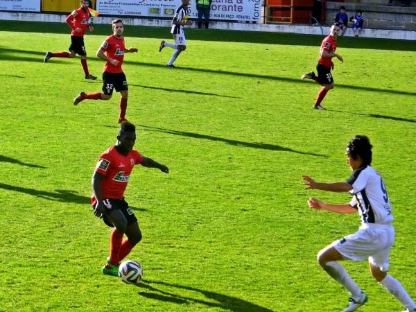 Segunda Liga: Penafiel empata Olhanense num jogo com final quente