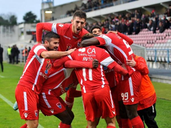 Segunda Liga: Famalicão e Gil Vicente empatam 2-2 em dérbi minhoto emotivo