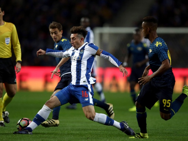 Crónica: FC Porto vence Moreirense e ganha terreno a Benfica e Sporting