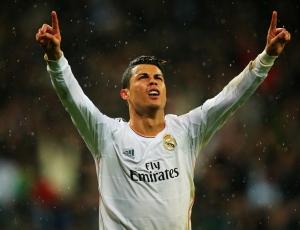 Dados F365: Ronaldo iguala Raul com 71 golos na Champions