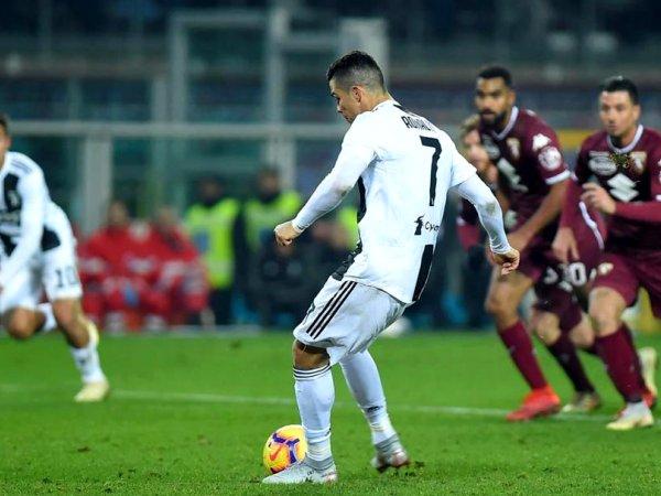 Itália: Líder Juventus vence Torino com penálti de Cristiano Ronaldo