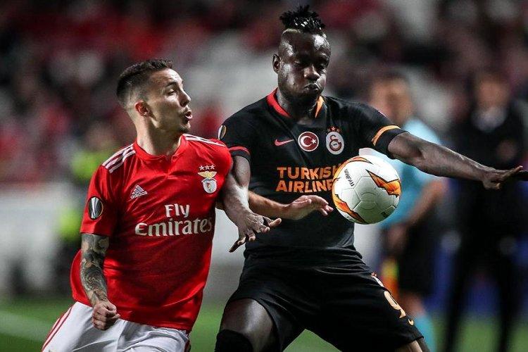 Crónica: Benfica gere vantagem e avança para 'oitavos' da Liga Europa