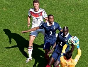 França com duas novidades na convocatória para jogo com Portugal