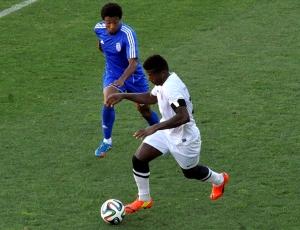 Segunda Liga: Feirense vence V. Guimarães B com golo do seu guarda-redes