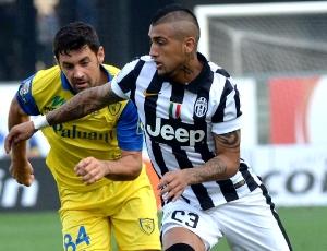Itália: Juventus 'despacha' Cagliari e segura liderança