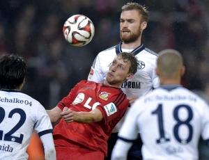 Leverkusen vence Schalke 04, em duelo entre rivais de Benfica e Sporting