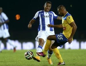 Primeira Liga: FC Porto goleia em Arouca e aproxima-se do Benfica