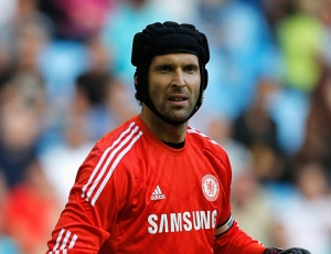Mourinho satisfeito: «Petr Cech é um profissional»