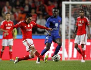 Primeira Liga: Benfica testa bom momento no Restelo