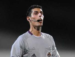 Árbitro Luís Ferreira substituído por doença no jogo Marítimo-Belenenses