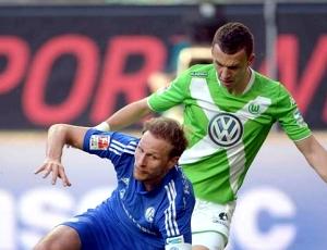 Alemanha: Bayern com título à vista, após empate entre Wolfsburgo e Schalke