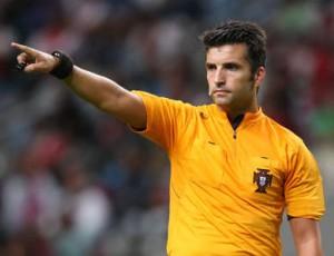 FC Porto volta a criticar árbitro e fala de «Liga Rui Costa»
