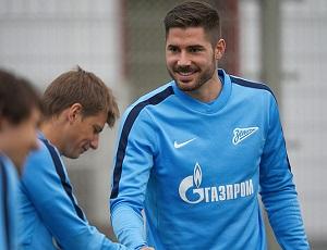 LC: Javi Garcia diz que Benfica está no seu melhor momento